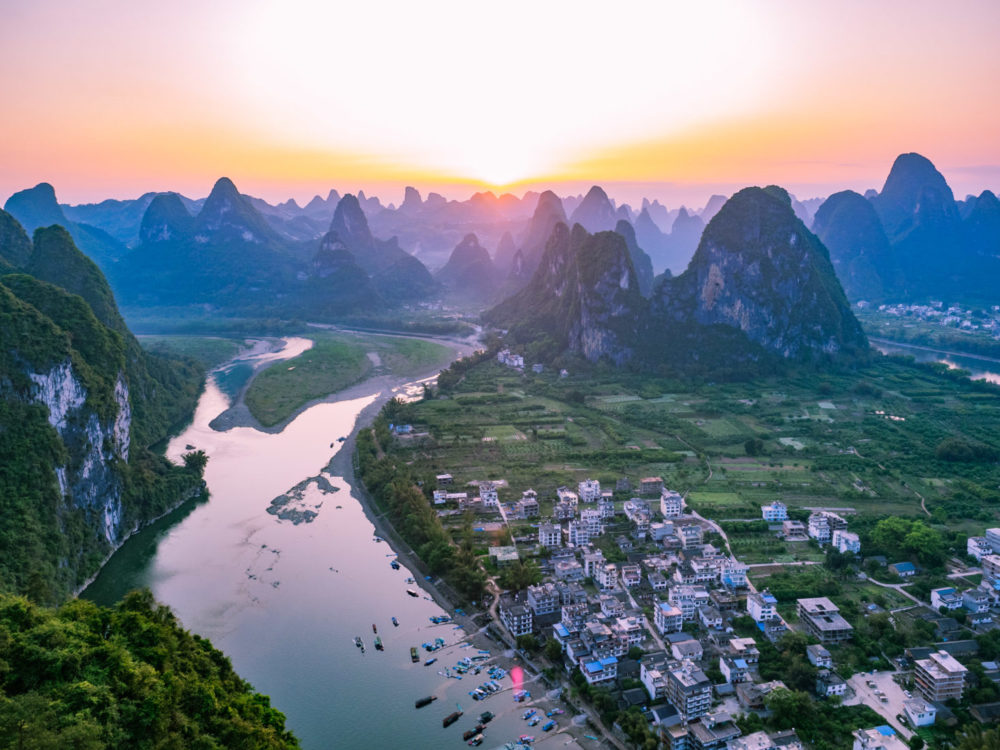The Best Views In Guilin, China: 5 Jaw-Dropping Mountaintop Views & How To Find Them